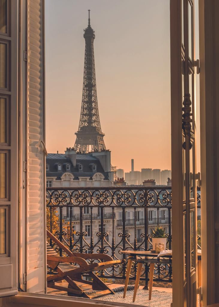 Paris, vertical