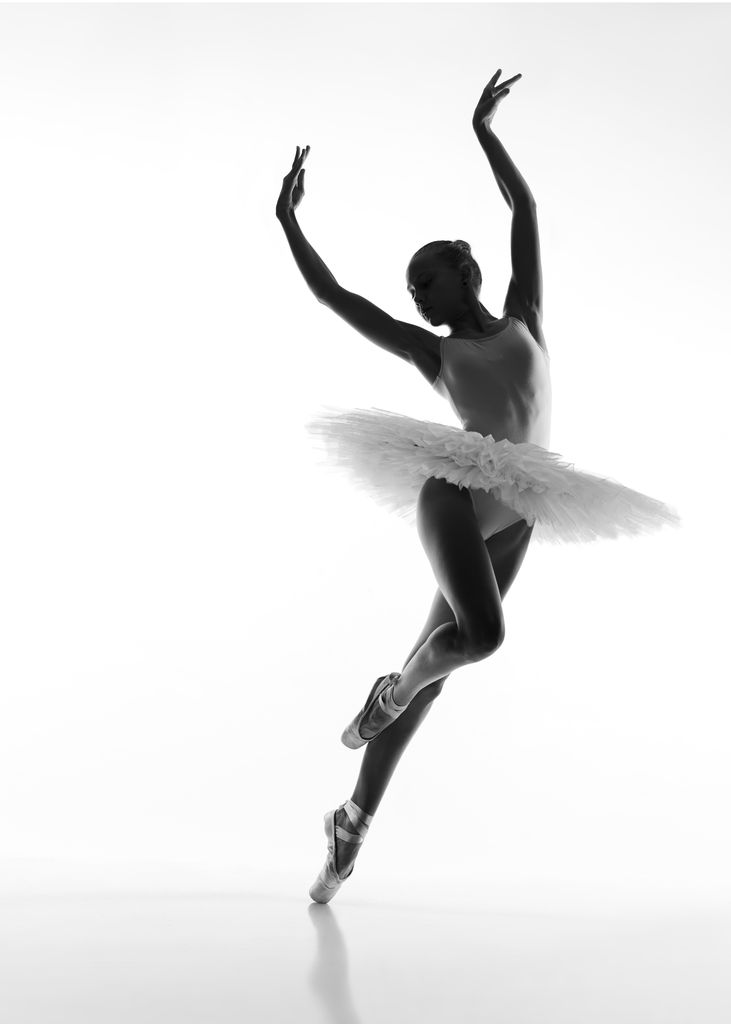 Lady dancing ballet