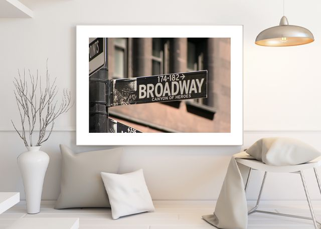 Broadway Laying Environment