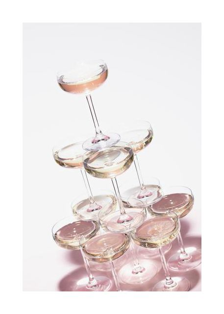 Champagne tower 1