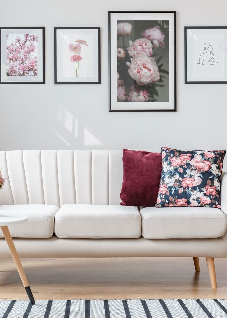 Flower poster living room