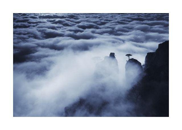 Demerdji beyond the clouds