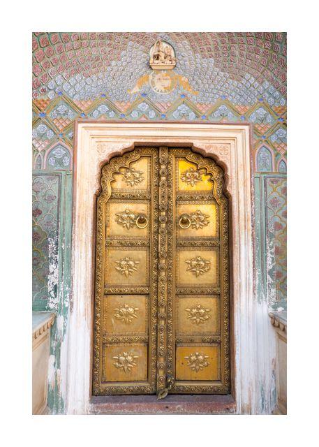 Temple door in gold 2