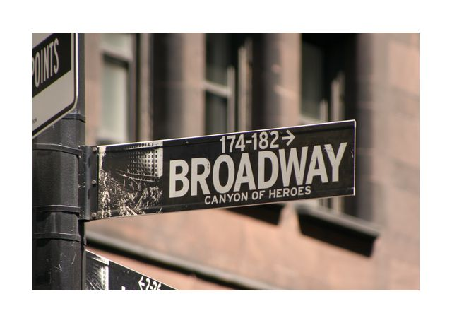 Broadway Laying